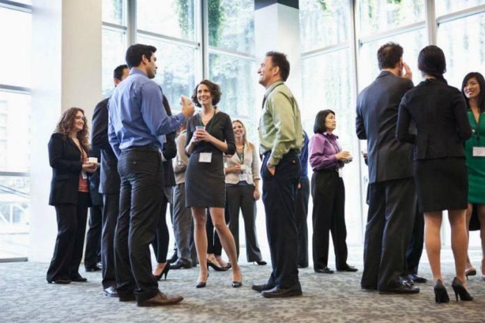 como fazer networking em eventos